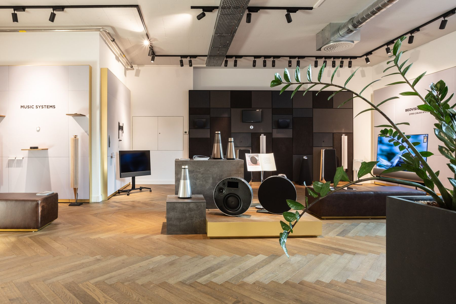 tschachtli-showroom-bundo_e4a0024